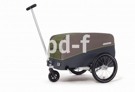 """Ein Kofferraum zum Anhängen: Fahrradanhänger machen """"ganz normale"""" Fahrräder bei Bedarf zu potenten Lasteseln. Manche, z.B. dieses Modell Tuure von Hersteller Croozer, lassen sich auch als Bollerwagen nutzen."""