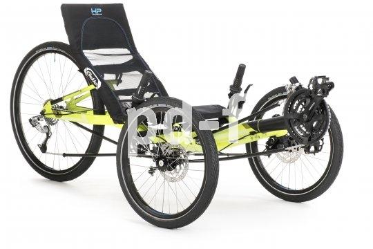 Dieses dreirädrige Liegerad (Trike) der Firma HP Velotechnik bietet eine höhere Sitzposition als üblich. Das Konzept ist vor allem für Einsteiger in diese dynamische Fahrzeugklasse ausgelegt.