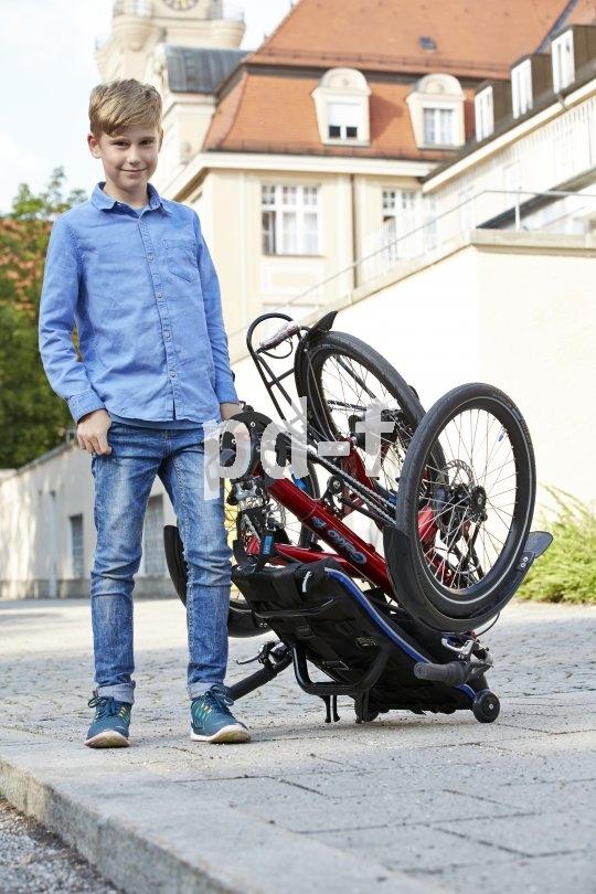 """Ein Dreirad muss nicht sperrig sein. Dieses Modell ist faltbar und damit kinderleicht zu """"händeln""""."""