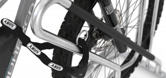 """Parkbügel für Räder mit breiten Reifen """"Anlehnparker 4700 XBF"""" (ab 296 Euro, WSM, verfügbar)"""