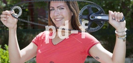 Am Rad mit Getriebeschaltung sorgt ein Zahnriemen für reibungsarme und pflegeleichte Kraftübertragung.