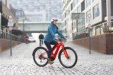 """Das Fahrrad für alle ist noch nicht erfunden, aber Räder, die fast überall hinkommen, gibt es schon. Hier das E-Cityrad """"Canvas Neo 2"""" vom eigentlich auf Sporträder spezialisierten Hersteller Cannondale."""