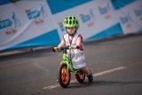 Laufräder geben Kindern Freude an Bewegung.