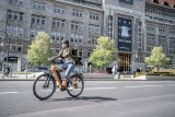Als Elektromotorspezialist der Autobranche bringt E-Bike-Antriebshersteller Brose viel Erfahrung mit. Brose-Antriebe gibt es inzwischen für so gut wie jedes Fahrradkonzept, von Alltag bis Sport, von City bis Trail.