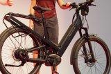 """Das neue E-Bike """"Homage"""" verfügt über ein ABS und eine spezielle Hinterradschwinge."""