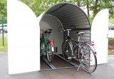 Was ist besser als eine Parkbox? Eine Doppel-Parkbox, in die man mit etwas Geschick vielleicht sogar noch ein drittes Rad quetschen kann!