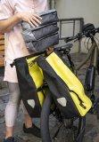"""Taschenspezialist Ortlieb bringt zum Frühjahr 2020 leichte, flexible Einsätze für seine Packtaschen auf den Markt. Das Dreierset """"Packing Cubes"""" schafft mit 2x6 und 1x5 Liter Stauraum (jeder mit Zwei-Wege-Reißverschluss und Netzeinsätzen) Ordnung im Gepäckabteil."""