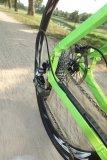 Trend-Thema Gravel: Rennräder mit breiten, profilierten Reifen sind eine große Sache in der Fahrradwelt. Mit Scheibenbremsen versehen, dürften sie das Interesse am Rennrad weiter anfachen.