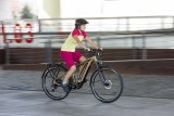 """Das """"Goroc 2"""" von Hersteller Flyer ist als Crossover-Mountainbike konzipiert. Antriebsunterstützung kommt vom Panasonic-Mittelmotor GX Ultimate; Gepäckträger, Schutzbleche und Licht gehören zur Ausstattung."""