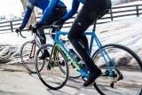 Auch das klassische Rennrad ist im Winter einsetzbar; man muss nur wissen wo und die entsprechende Fahrtechnik beherrschen. Die frische Winterluft ist eine Ausfahrt fraglos wert.