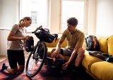 Ein gutes Packtaschensystem macht alles einfacher. Aber auch hier sollte man die Bedienung einüben, bevor es auf größere Tour geht.