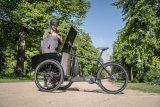 So ein Dreirad mit Transportbox und leistungsfähiger elektrischer Tretunterstützung schafft fast alles weg. Viele Autofahrten werden so überflüssig.