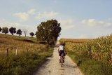 Durch eine Radtour abseits der Straße lassen sich neue Wege und Aussichtspunkte erkunden.