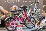 Bei der Auswahl eines passenden Kinderrades stehen Optik und Sicherheit im Mittelpunkt.