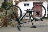 Das Rad steht Kopf.