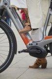 """Tiefer Durchstieg, aufrechte Sitzposition, gut integrierte Technik: So sieht das Konzept für ein City-Bike aus. das gilt auch für Pedelecs wie dieses """"Mavaro Neo"""" von Cannondale."""