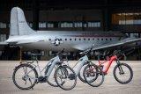 """Der Markenvertrieb Messingschlager bietet unter dem Label """"Premium E-Bike Solutions"""" konfigurierbare E-Bike-Flotten an. Zielgruppe sind nicht Endverbraucher, sondern Firmen oder Radverleiher; es stehen unterschiedliche Radgattungen und Rahmenformen zur Wahl. Herzstück der Räder sind immer Motoren von Brose aus Berlin."""