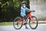 Ob im Bikepark, auf Trails oder Schotterpisten: Spezielle MTBs machen Kindern Spaß und steigern die Lust aufs Radfahren.