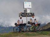 Diverse Anstiege unterschiedlicher Länge zeichnen die Pyrenäen aus und machen sie deshalb für Radfahrer sehr interessant.