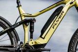 Viel Technik im Zentrum eines E-MTB-Rahmens: Hinterradschwinge, Motor, Kurbeln, Akku...