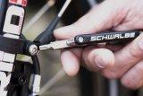 Torx-Schrauben finden sich immer öfter am Fahrrad. Gut, wenn das Minitool bereits darauf vorbereitet ist!