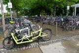 Lastenräder, gerade solche mit Unterstützungsantrieb, sieht man im urbanen Alltag immer häufiger.