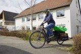 Lasträder mit verlängertem Hinterbau sind nicht breiter als ein normales Fahrrad, können aber deutlich mehr Zuladung aufnehmen.