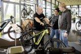 Der Schweizer E-Bike-Pionier Flyer hat viel zum Erfolg dieser Fahrradgattung beigetragen. Inzwischen blickt man auf 25 Jahre Erfahrung zurück.