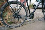 Wegen einer Reifenpanne muss ein Fahrrad mit Riemenantrieb nicht gleich in die Werkstatt.