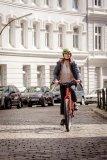 """Hersteller Velotraum bietet individuell konfigurierbare Räder an. Das Modell """"FD2E"""" ist für ein E-Bike sehr leicht, kann dabei aber viel Zuladung tragen; so ideal für die Reise wie für den Alltag."""
