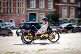 Liegedreiräder sind schnell und wendig, dazu sehr bequem.