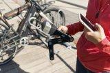 """Neuer Trend bei Fahrradschlössern: Sogenannte """"smarte"""" Modelle lassen sich per App öffnen und schließen. Über einen Alarmsignalgeber verfügen sie häufig auch. Hier ein neues Modell von Hersteller Abus."""
