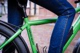 Für Viel- und Langstreckenfahrer eine echte Empfehlung: die Sattelstützenfederung. Die Räder von Anbieter Velotraum lassen sich weitgehend individuell konfigurieren; nicht nur für Reiseradler eine interessante Möglichkeit.