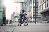 """Am E-Bike """"Supercharger"""" von Riese & Müller lassen sich zwei Bosch-Akkus im Rahmen unterbringen, was die Reichweite verdoppelt und für Radreisende interessant sein dürfte."""