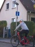 Das sind die schönsten Sackgassen: Für Autos ist Schluss, mit dem Fahrrad geht´s weiter. E-Bikes gelten rechtlich als Fahrräder.