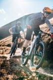Zu zweit auf leistungsfähigen Bikes den Trail-Flow genießen - was könnte schöner sein, im Sommer, in den Bergen?