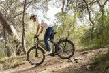 E-Bike-Fahren heißt nicht nur Sitzen und die Pedale in Drehung halten - Spaß und action sind genauso drin.